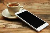 国产土豪神器 E人E本4G安全手机M1图赏