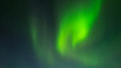 雷军秀小米5S拍照样张 炫酷的北极光