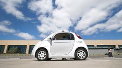 无人车瞄准大众 谷歌挖苹果供应链经理