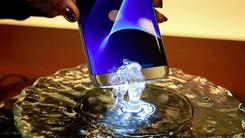 三星扩产AMOLED 今年手机普及将达21%