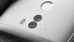 360手机Q5 Plus:820处理器+6GB RAM