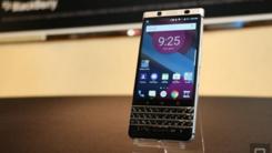 黑莓最后一款自主手机亮相 外观迷人