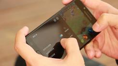 还在拼手速?Galaxy C8带你用屏幕取胜