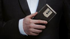 有颜又有料 高颜值手机送给爱美的你