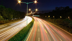 夜景车流怎么拍 手机堪比单反的效果