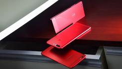 手机也要讲穿搭 红黑搭配热门机型图赏