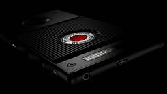 RED Hydrogen One原型机 设计酷似Moto