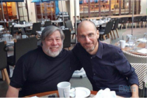 优它手机与苹果联合创始人斯蒂夫沃兹尼亚克宣布合作