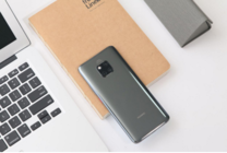 充电比iPhone XS快4.4倍,华为Mate 20 Pro快充详解