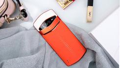 美图 V7图赏:奢华用料 前置三摄 最强自拍手机