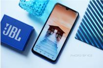 传承千元品质王 华为畅享9S打造首款超广角三摄手机