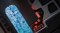 4000mAh +PC级液冷散热 联想Z6Pro超大电量续航