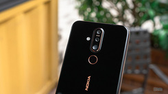 点睛屏亮眼但诚意欠佳 Nokia X71评测