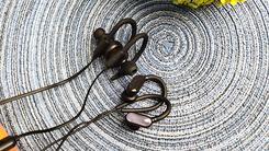 势均力敌 倍思蓝牙耳机对比小米蓝牙耳机mini