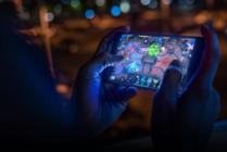 手机玩游戏汇聚澎湃性能的源泉 骁龙芯尽享电竞之趣