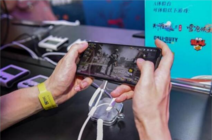 玩手机游戏发热卡顿怎么办?选骁龙芯降低掉帧能效领先