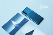 一静一动 双面质感的和谐之美 The New P30 Pro墨玉蓝精美图赏