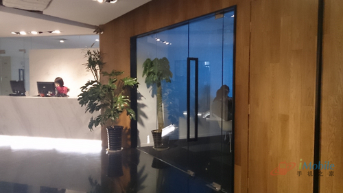 室内-SONY