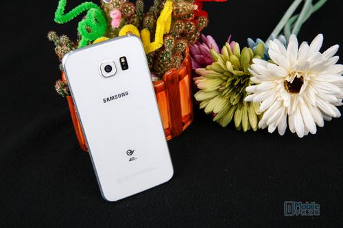 三星Galaxy S6-4
