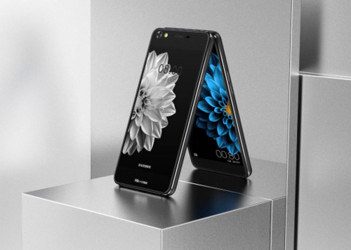 海信双屏手机A2亮相MWC2017独特双屏再受关注V3650