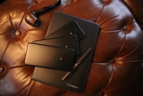 「TOTAL BLACK」时尚的极致:vivo Xplay6 再造经典1426