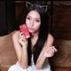 猫女魅惑三星GALAXY SIII宝石红色美女图赏