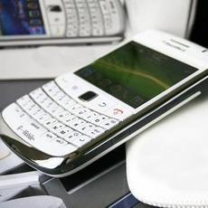限量版白色商务机 黑莓9900限量抢购