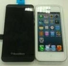 黑莓10手机外观似iPhone 5 明年发布