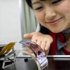 夏普6吋IGZO屏2500×1600像素498ppi