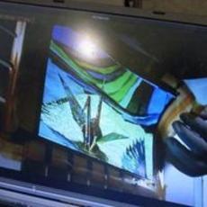 索尼展示9.9英寸960x540像素柔性屏幕