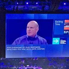 微软CEO:重点抓Surface 不给苹果留空间