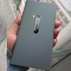 罕见灰色版Lumia 920真机 港版售价4490