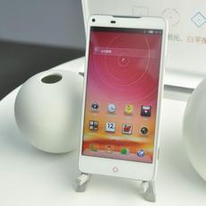 骁龙800/4G全网通 nubia新品现场体验