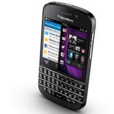 全球首款BB10全键盘 黑莓Q10过证FCC将上市