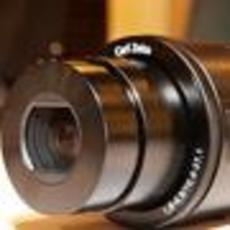 手机1秒变身单反 SONY DSC-QX100图赏