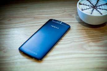 OPPO N1持续热销 深蓝色版春节上市