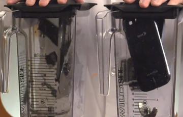 iPhone 5 vs Galaxy S3遭遇搅拌机搅碎