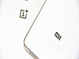 真好VS真爽 小米手机4与一加手感对比