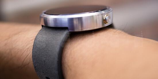 Apple Watch死敌 Moto360智能手表评测