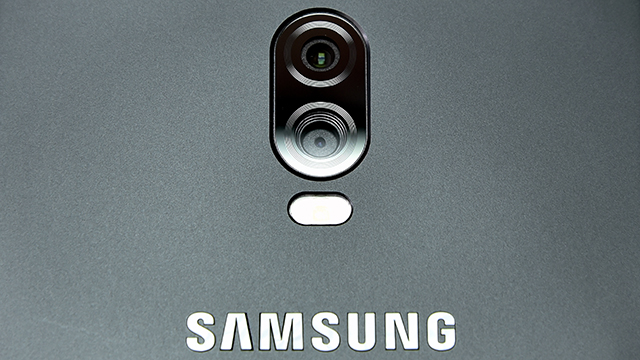 中国专属双摄手机 三星Galaxy C8图赏