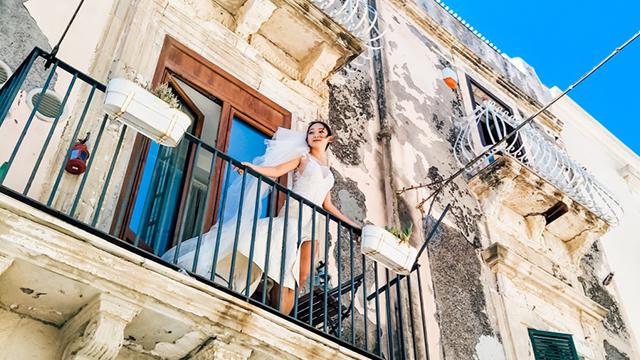 两个人一部手机 记录欧洲婚纱拍摄之旅