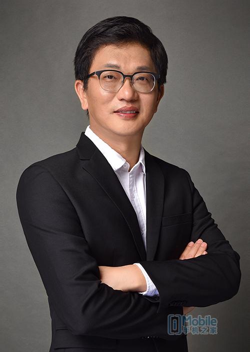 DJI大疆创新总裁罗镇华