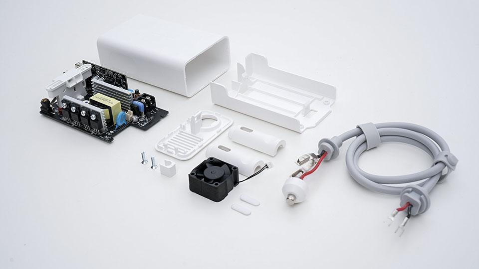 智米车载逆变器拆解 细节到位安全第一