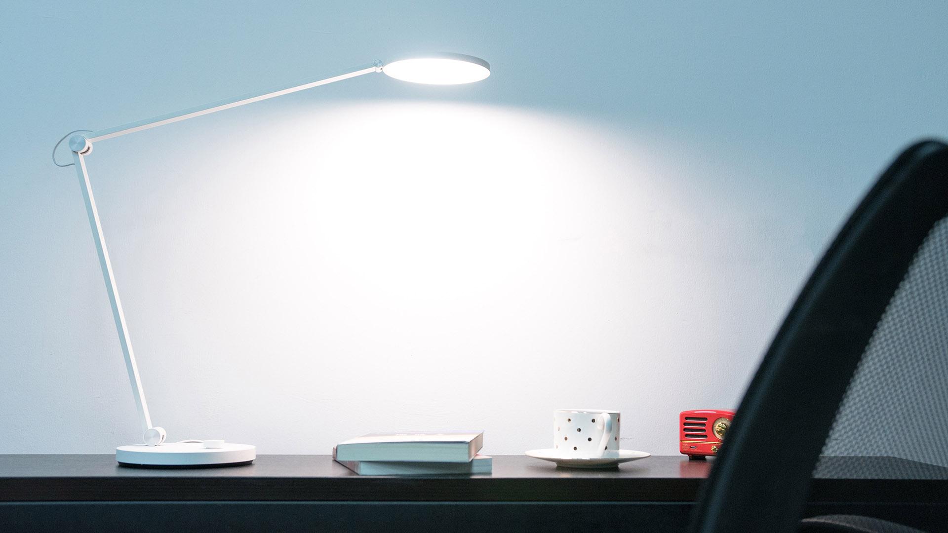 米家台灯Pro体验:349块钱的一份好光源