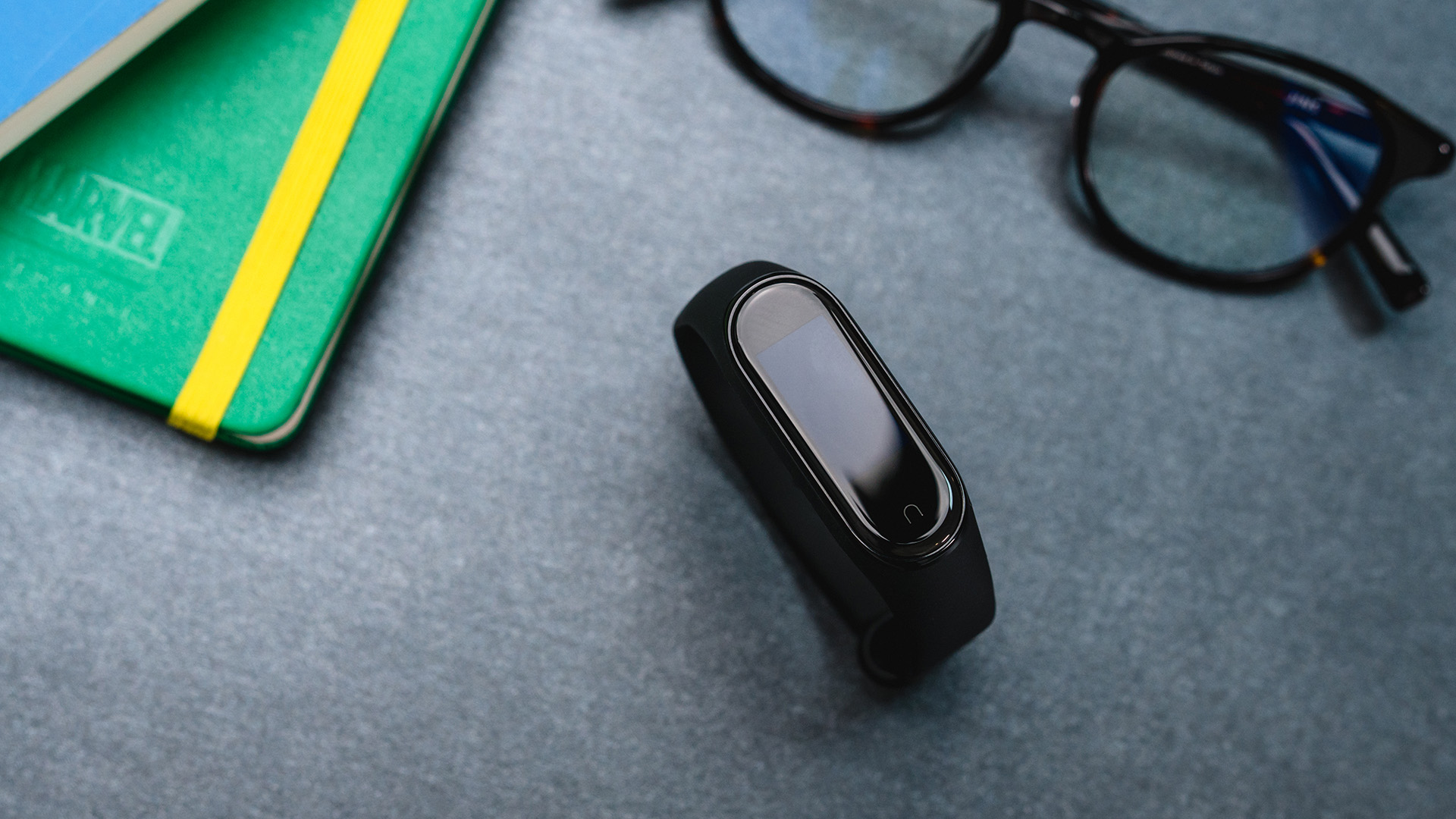 小米手环 4:明星产品再更新 配置全线升级
